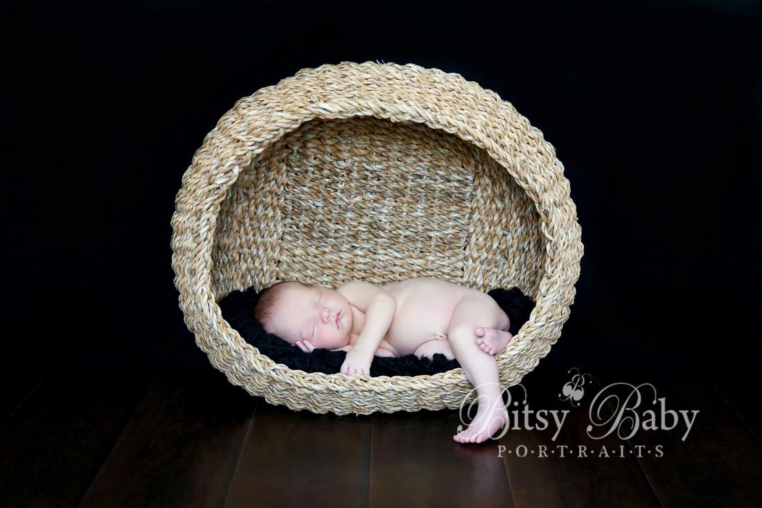 newborn photographer, baby photographer, Athens GA, round basket