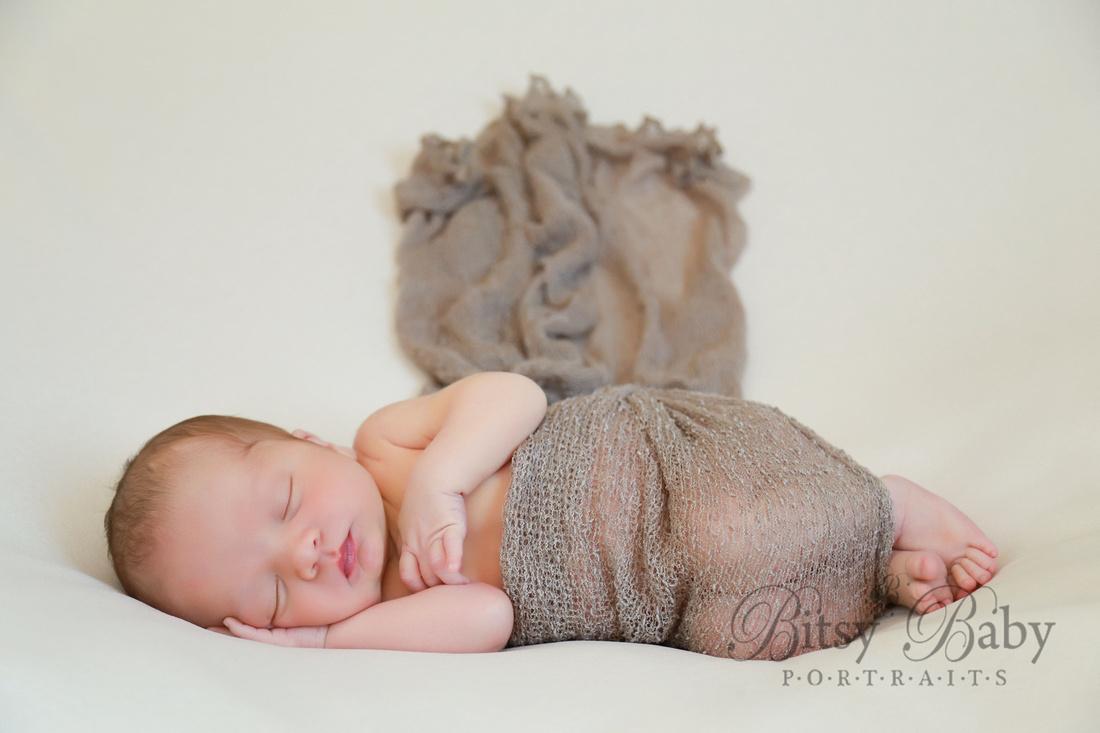 newborn photographer, baby photographer, Athens GA, beanbag