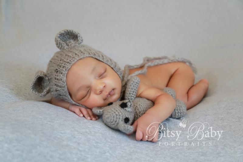 "newborn,  baby,  photography,  photographer,  ""Teddy bear"" bonnett"